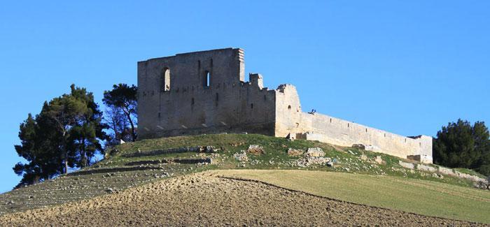 castello gravina di puglia
