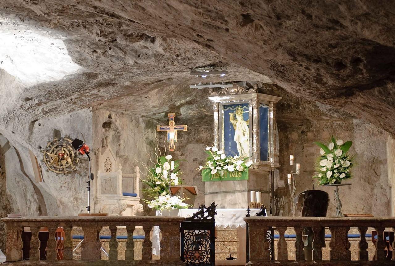 Il Santuario Di San Michele Arcangelo Storia Dell