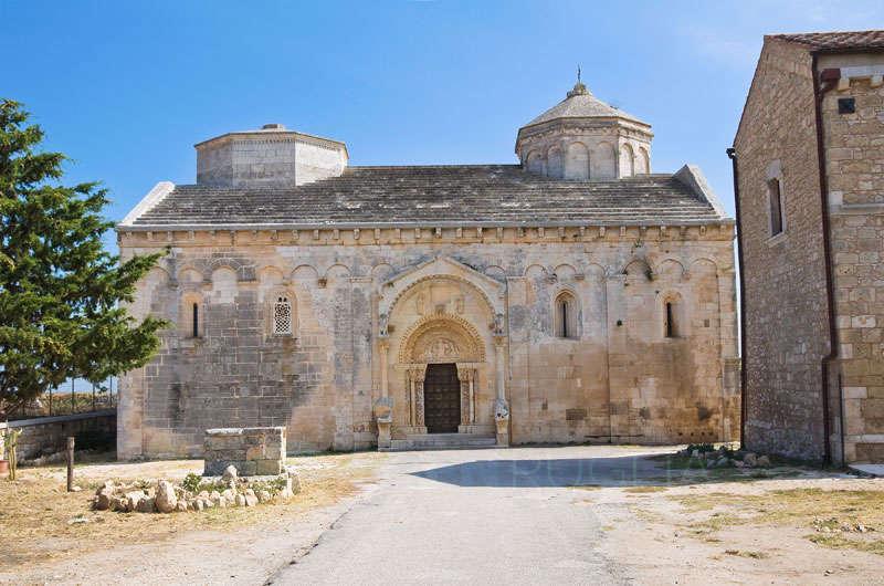 abbazia san leonardo