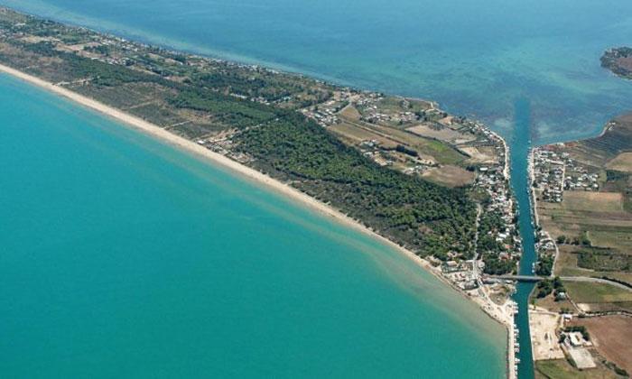 spiaggia isola varano