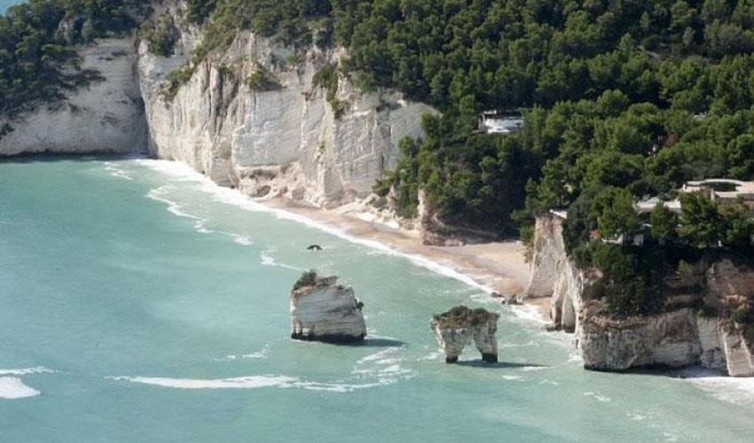 Grotte marine e baie nel Gargano