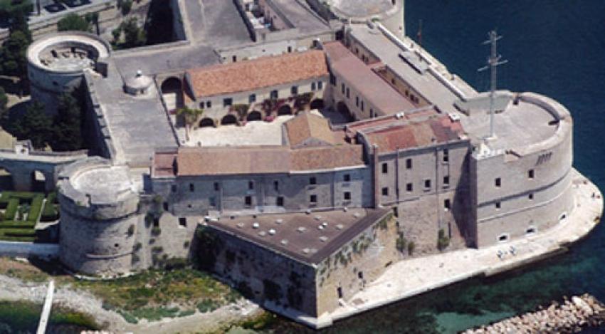 Il Castello aragonese di Taranto, un guardiano della storia